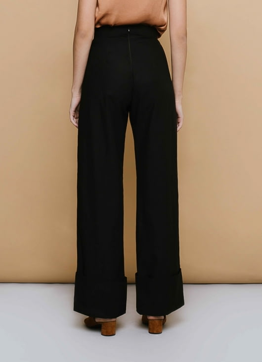 CLOTH INC Black High Hem Pants