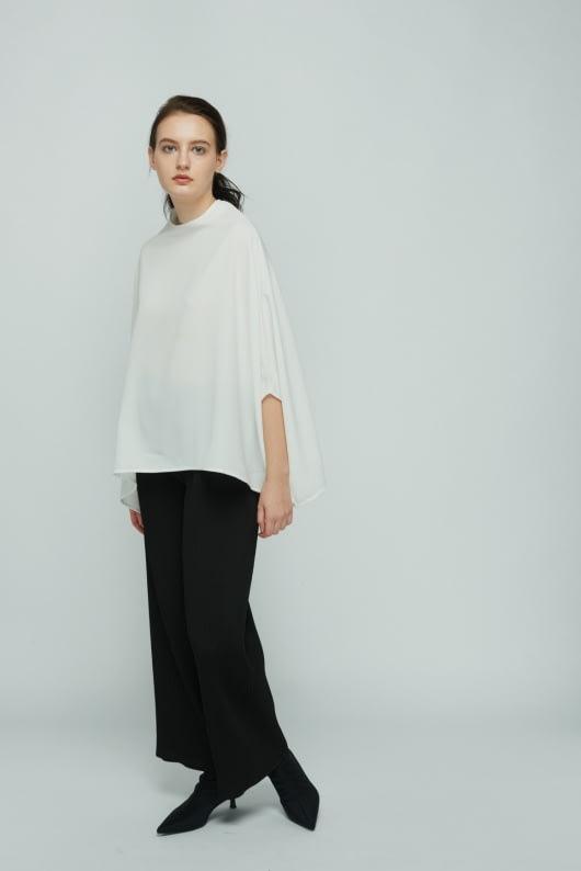Shopatvelvet White Verse Top