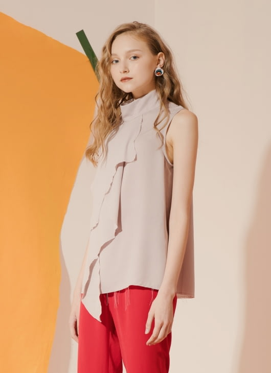 ATS THE LABEL Gray Icelyn Top
