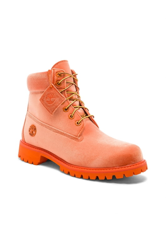 OFF-WHITE x Timberland Velvet Boots