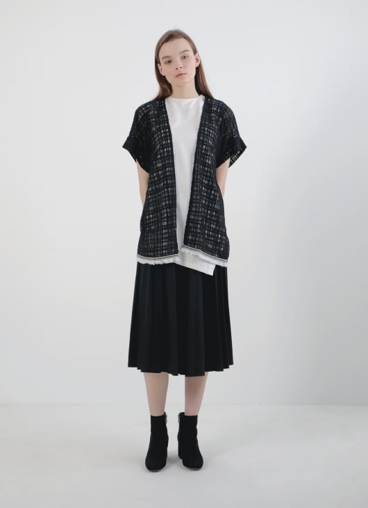 Hey Mermaid Beachwear Black Tabitha Kimono Outer