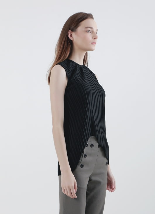 Calla The Label Black Pleats Top