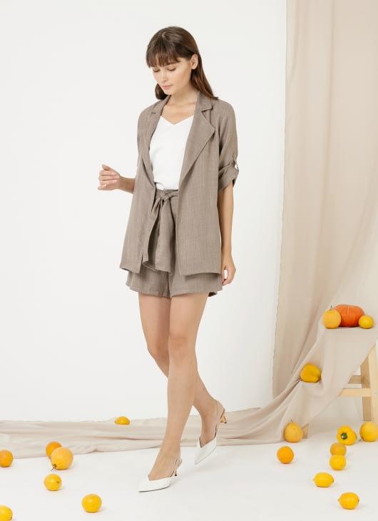 CLOTH INC Louise Shorts - Taupe