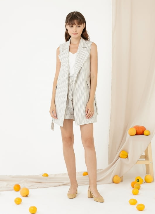CLOTH INC Dorene Shorts - Blue Stripe