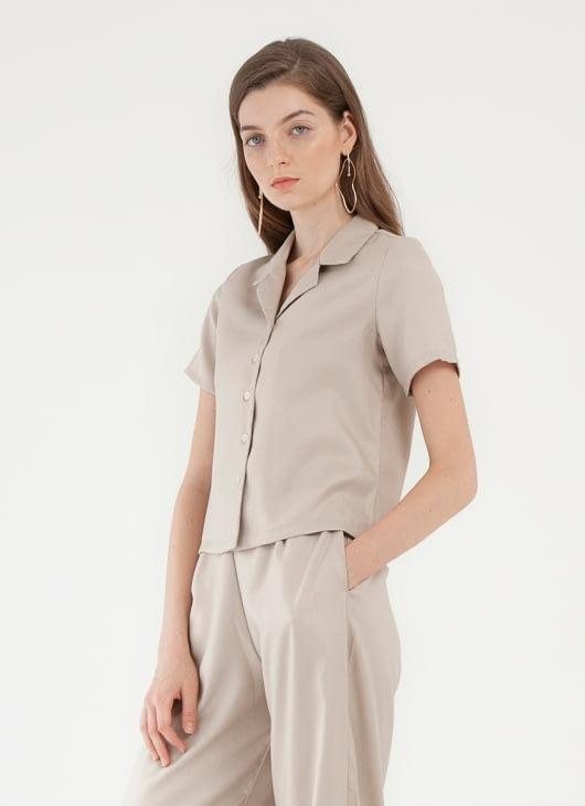 CLOTH INC Hibi Cropped Shirt - Light Beige