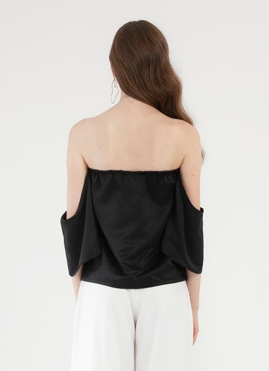 CLOTH INC Cameo Off Shoulder Top - Black