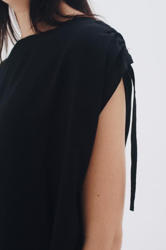 Shopatvelvet Lite Top Black
