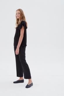 Shopatvelvet Danish Black